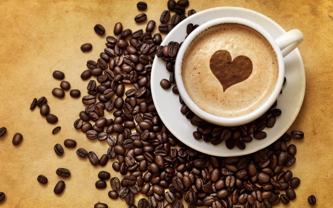 Un estudio aclara cuántas tazas de café diarias son seguras para el corazón