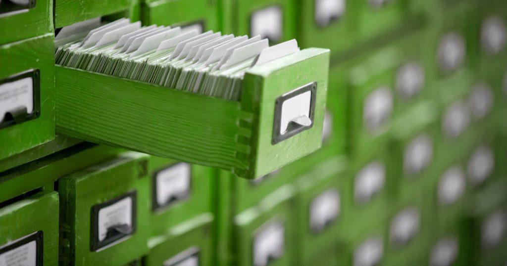 ¿Qué son los registros DNS?
